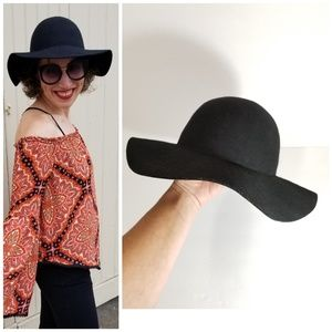 H&M | black wool floppy hat